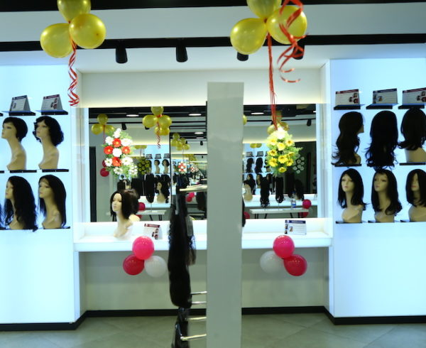 womhyd store inside 3 th